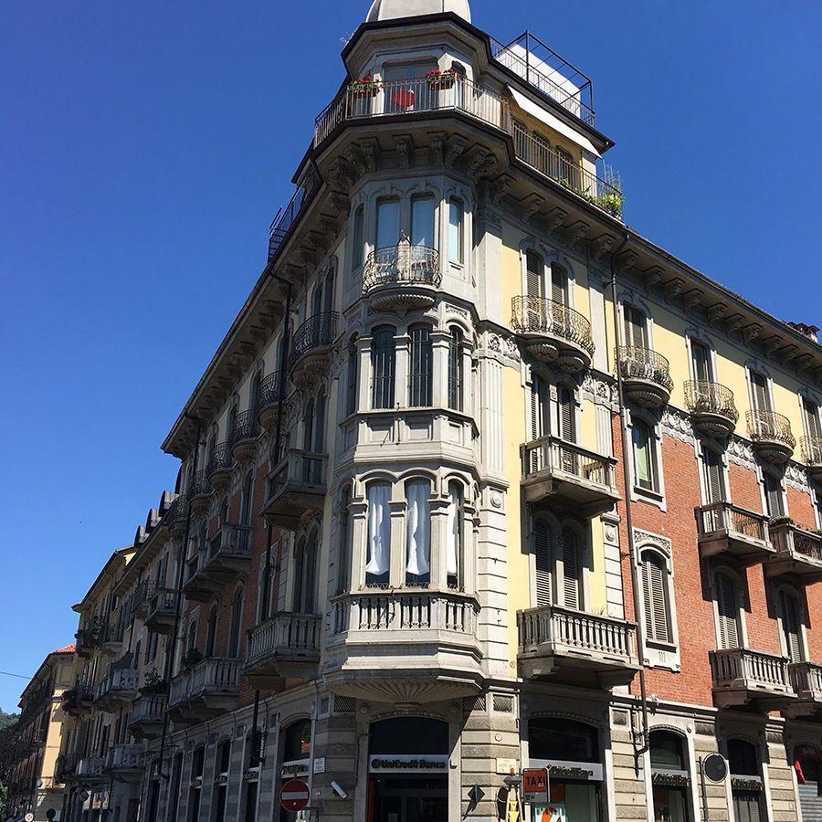 Torino - piazza Borromini-Affitto negozio uso sportello bancario