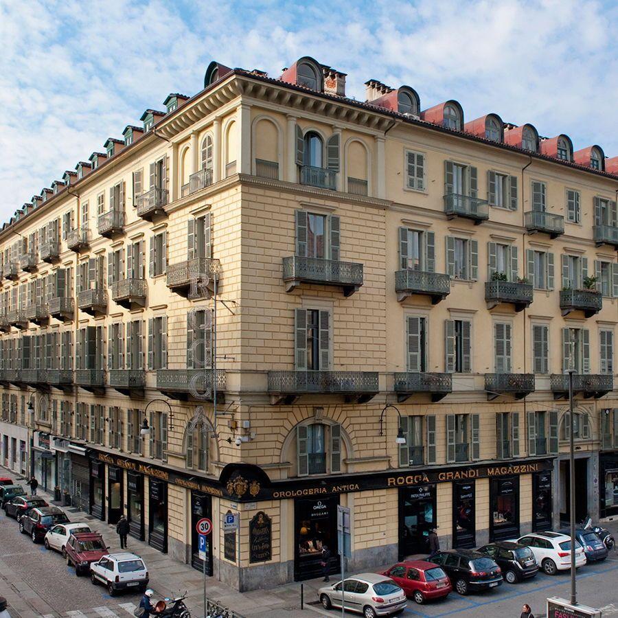 Torino - piazza Lagrange-Affitto negozio storico ex Gioielleria Rocca