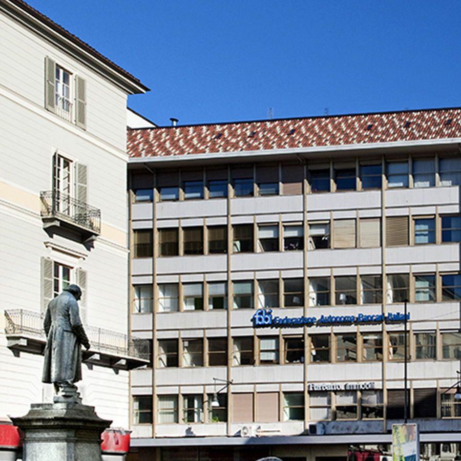 Torino - piazza Lagrange-Affitto uffici di varie dimensioni
