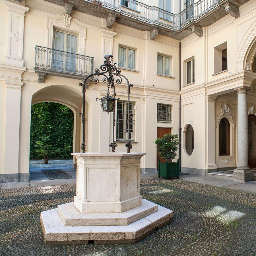Torino - via Bligny-Vendita appartamento di prestigio nel Palazzo Cotti di Brusasco